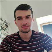 J'enseigne la langue qui est l'espagnol, j'habite proche de Caen, je peux me déplacer ou bien faire des cours en ligne