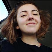 Etudiante souriante et sérieuse en BTS Prothésiste-Orthésiste