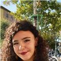 Graduada en lenguas modernas y sus literaturas (mención en lengua italiana) ofrece clases de italiano, lengua y literatura