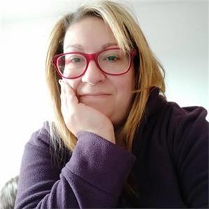Ana Carralero