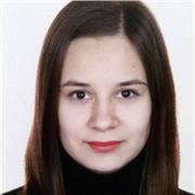 Étudiante en langues étrangères, locutrice native de la langue russe offre des cours particuliers pour les adultes et les enfants