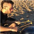 Baterista/percusionista con experiencia ofrece clases para todos los niveles y estilos