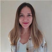 Professeur d'espagnol licencie avec des études de Journalisme et d'Enseignement