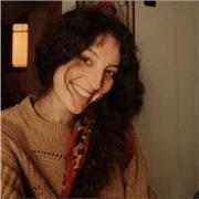enseignante italienne résidant donne cours d'anglais à tous les niveaux