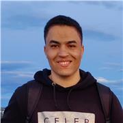 Etudiante en deuxième année de master à l'UFR Saint Etienne Du Rouvray offre des cours particuliers en mathématiques et anglais
