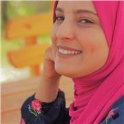 ex professeure d'espagnol , professeure d'arabe native , trés interessée par les cours en ligne