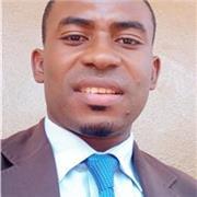 Jeune enseignant Camerounais passionné de l'informatique vous accompagne dans vos études pour un avenir prometteur
