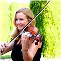 Profesora de violín . especializada en preparación de exámenes de abrsm