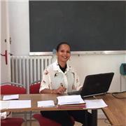 Professeure diplômée en sciences du langage et en espagnol donne cours de français langue étrangère et d'espagnol. Venez apprendre de manière dynamique,ludique et pragmatique!