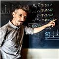 Profesor de bajo eléctrico, armonía y análisis