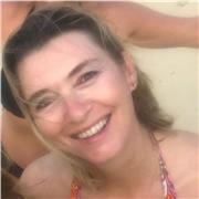 Professeur de Yoga Bilingue Anglais / Français . Qualification 200 RYT  Yoga pour les seniors / debutants les bienvenus . Il n'est jamais trop tard pour se faire du bien 😌
