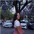 Graduada en traducción e interpretación y humanidades ofrece clases de inglés, francés, lengua castellana e historia