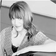 Professeur, diplômée du Conservatoire, donne cours particuliers de piano, de solfège et d'éveil musical à Toulouse