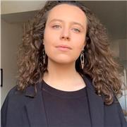 Diplômée d'une licence d'Economie de Paris 1 Panthéon-Sorbonne, je propose des cours de soutien en économie aux étudiants et au lycéens