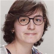 Etudiante à l'ENS Paris donne des cours de sciences