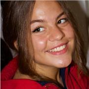 Professeur jeune étudiante native de la langue Russe avec expérience auprès d'enfants, disponibles également pour adultes
